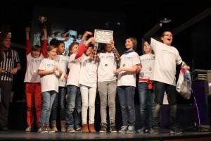 2. Robotwedstrijd 1e prijs team 5. TrashCompass van het Kompass uit Alkmaar